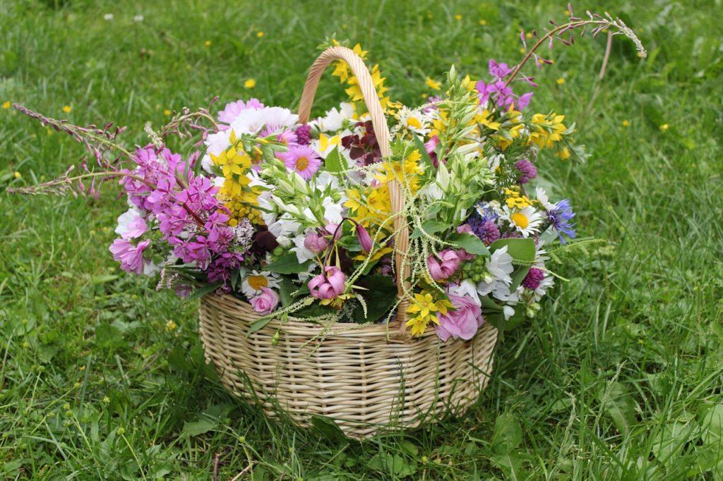 bouquet-349605_1280